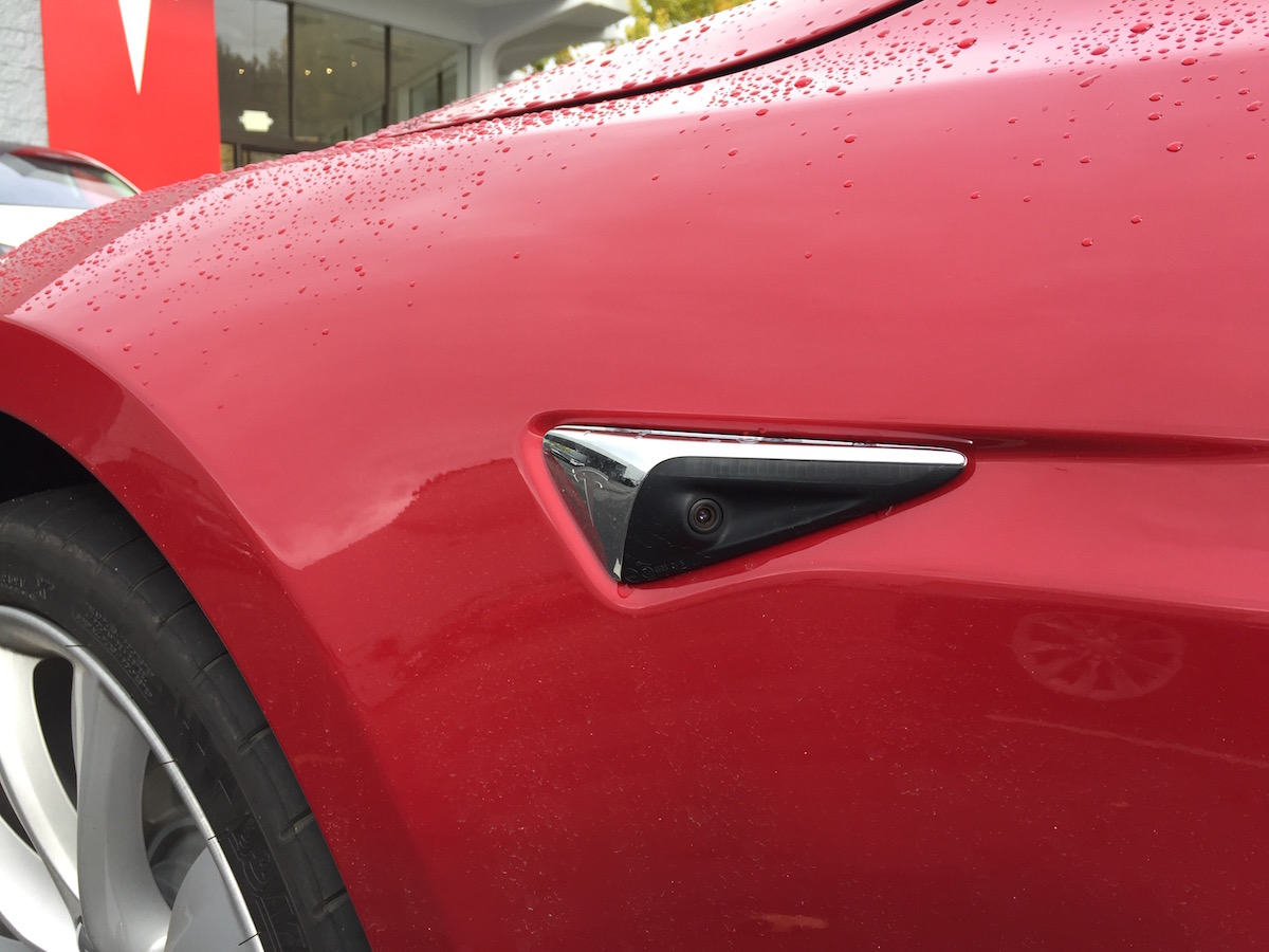 Sideview Camera Tesla Model S