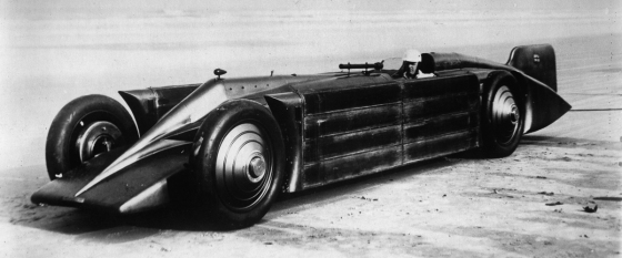 The race car GOLDEN ARROW of Henry Segrave in Daytona Beach/Florida. March 1929. Photograph. (Photo by Imagno/Getty Images) Den Rennwagen GOLDEN ARROW von Henry Segrave in Daytona Beach/Florida. März 1929. Photographie.