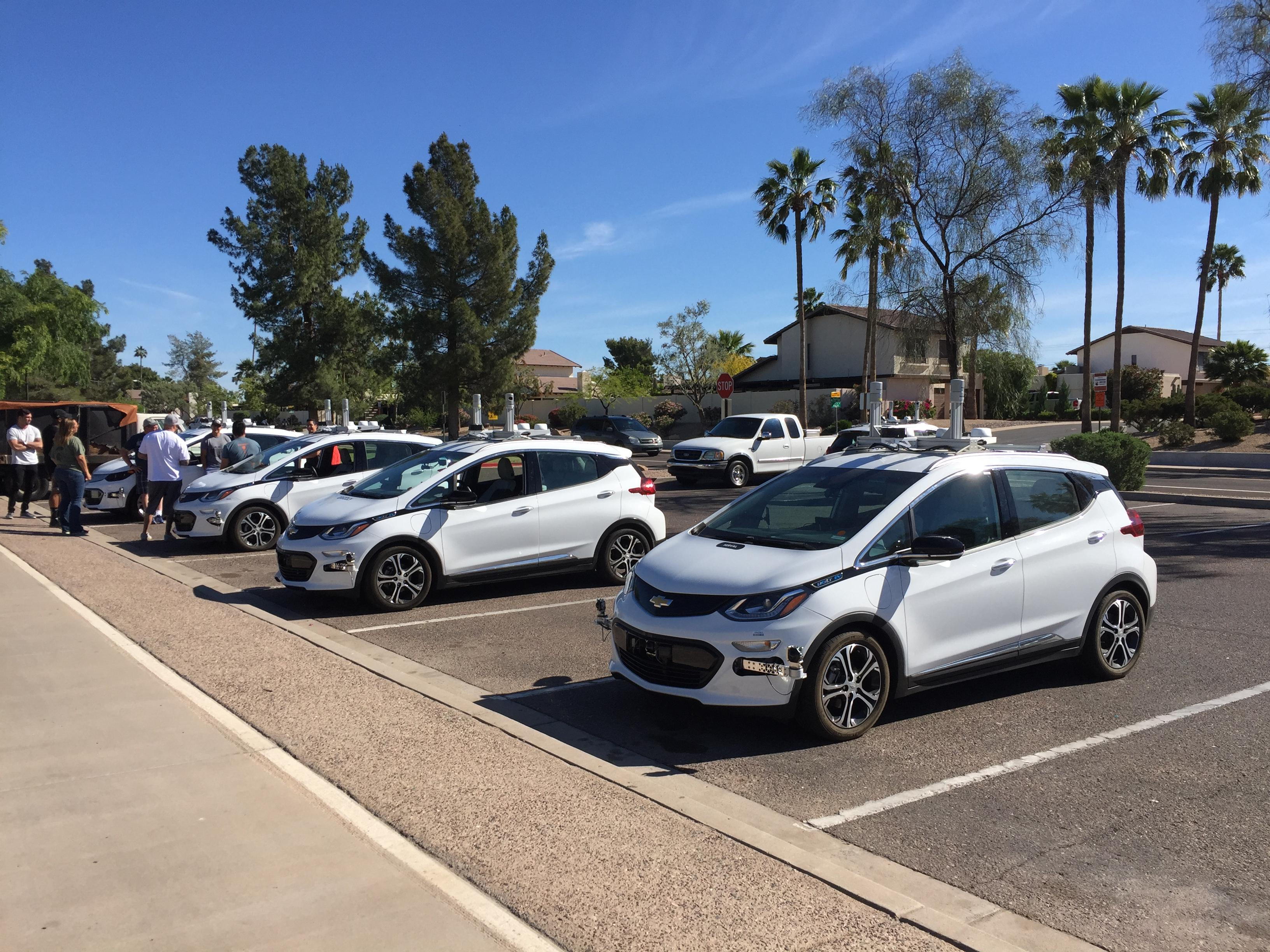 83606e7c09866d GM Cruise Self-Driving Cars Pop Up in Scottsdale