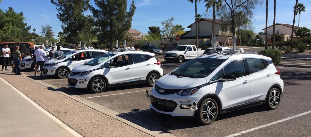 Gm Cruise Self Driving Cars Pop Up In Scottsdale Arizona The Last Driver License Holder