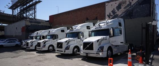 Otto trucks in San Francisco (C) Daniel Lu