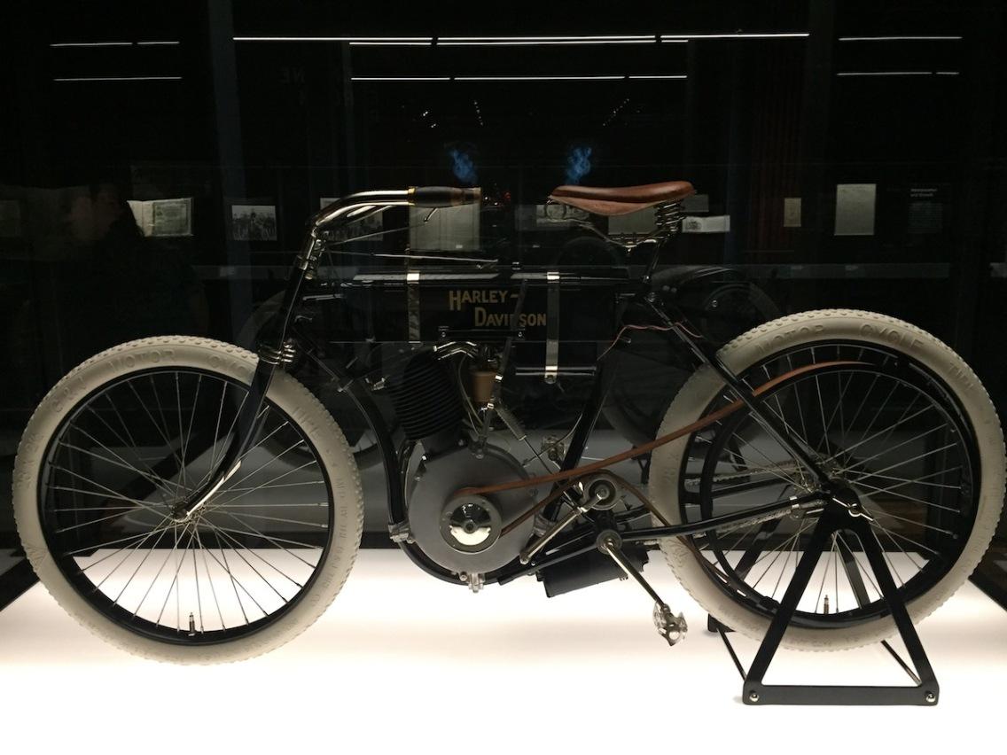 Serial Number One - Atmospheric-Valve Single - ca. 1903