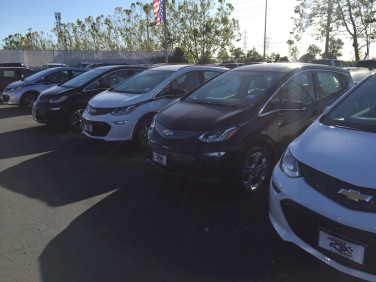 Chevrolet_Bolt_Dealer_05