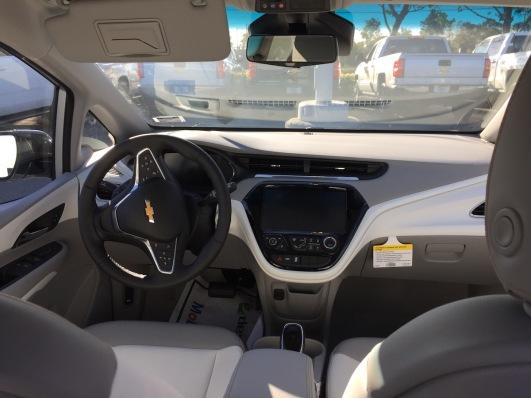 Chevrolet_Bolt_Dealer_10