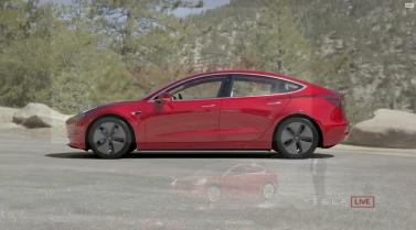 Tesla_Model3_Handover_Event_10