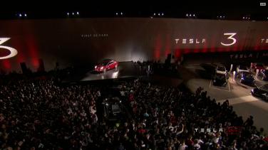 Tesla_Model3_Handover_Event_20