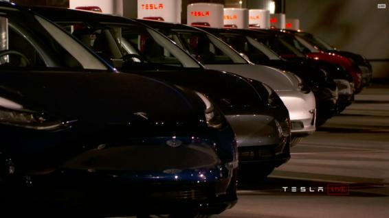 Tesla_Model3_Handover_Event_22