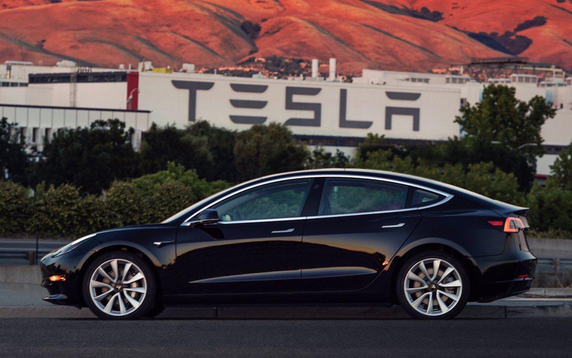 Tesla_SN1_02