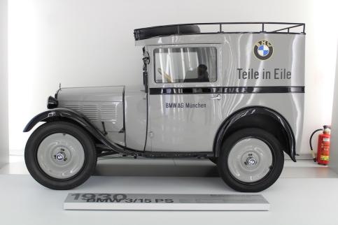 BMW_Welt_Autos_03