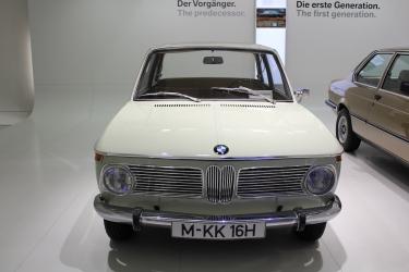 BMW_Welt_Autos_09