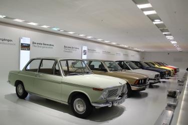 BMW_Welt_Autos_10