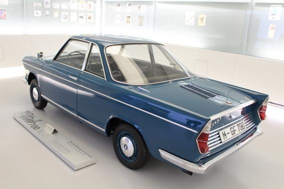 BMW_Welt_Autos_14