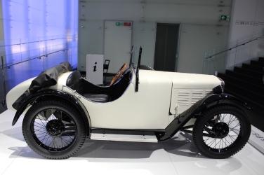 BMW_Welt_Autos_16
