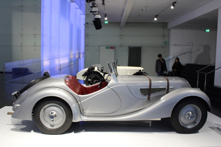 BMW_Welt_Autos_19