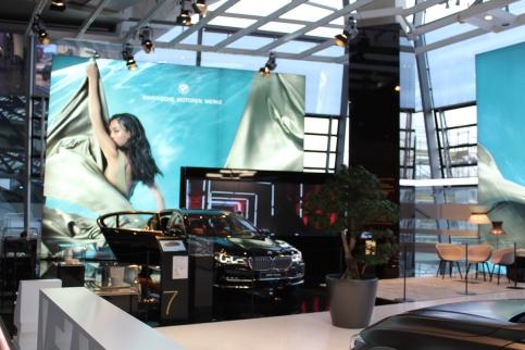 BMW_Welt_Eingang_03