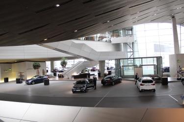 BMW_Welt_Eingang_06