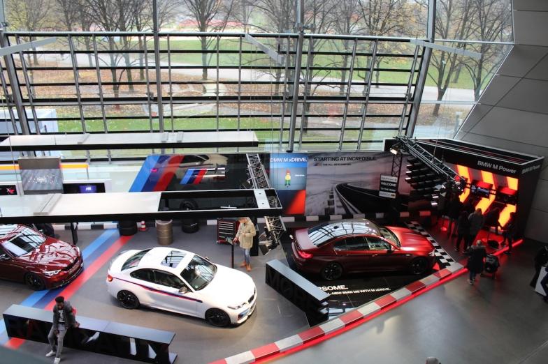 BMW_Welt_Eingang_08