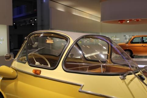 BMW_Welt_Isetta_08
