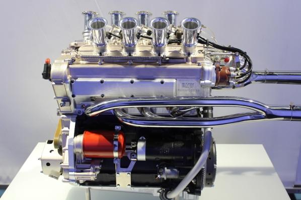 BMW_Welt_Motoren_04