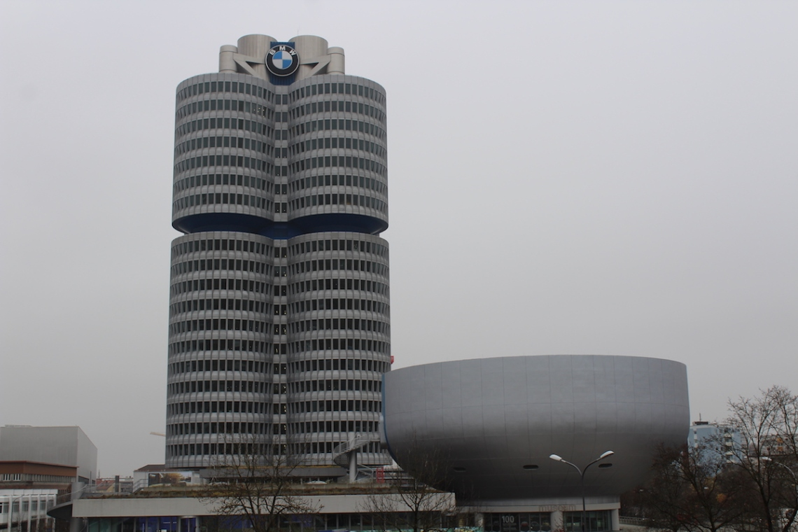 BMW_Welt_Zentrale.jpg