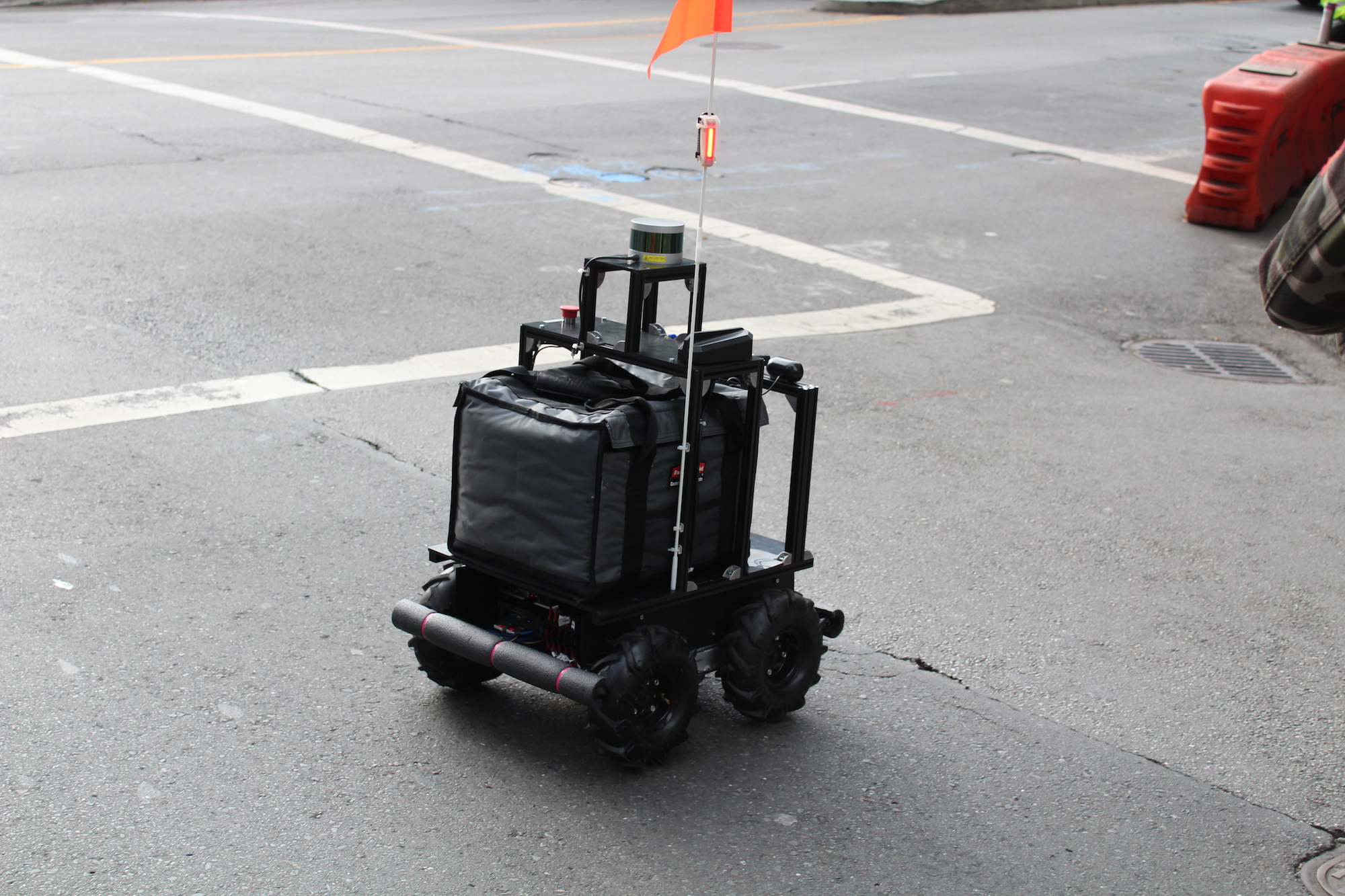 Delivery Robot Spotted In San Francisco The Last Driver