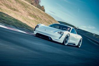 Porsche_Mission_E_01