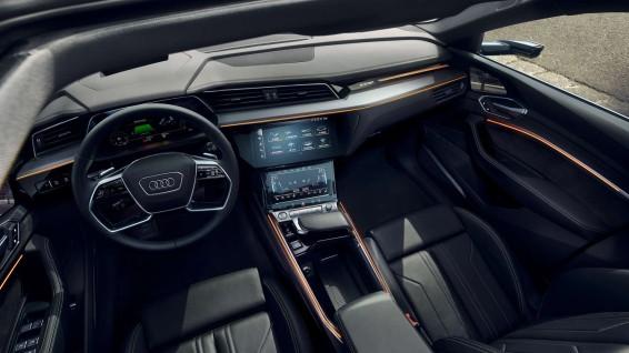 Audi_e-tron_03
