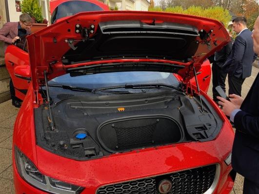 Jaguar_iPace_08