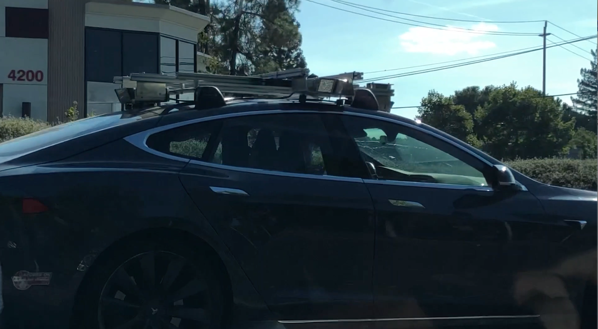 Is Tesla testing LiDARs, after all? – The Last Driver